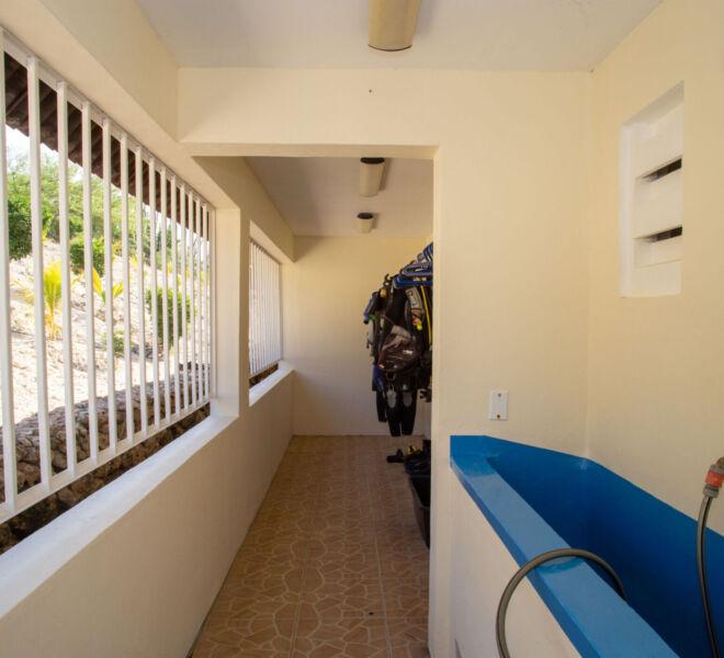 Hillside apartments Bonaire -5656
